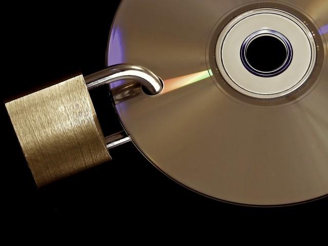 Come aggirare la protezione SafeDisc e SecuROM DRM su Windows