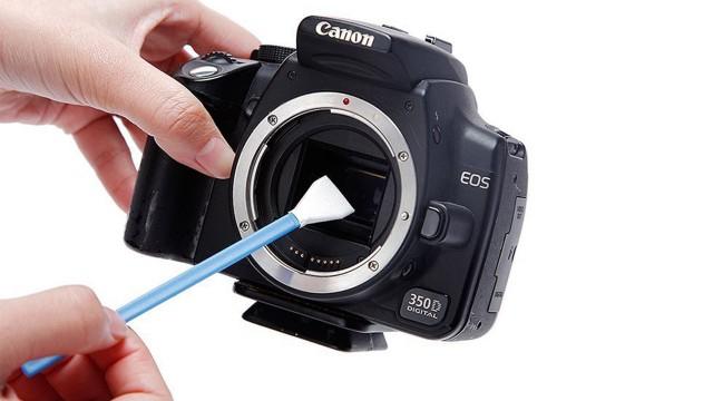 Come pulire il sensore della reflex
