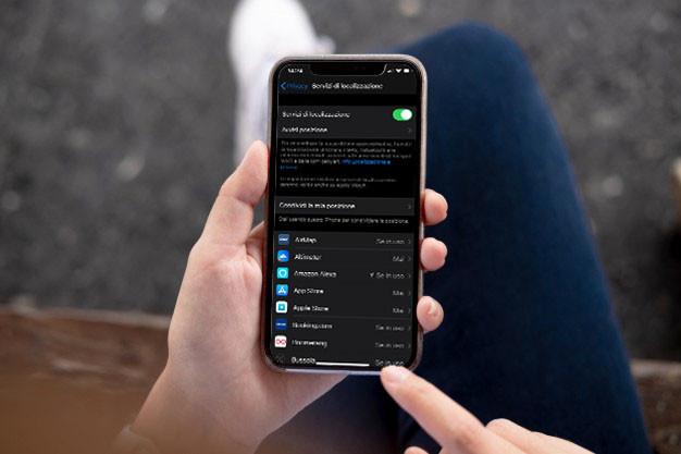 bloccare-le-app-che-hanno-accesso-alla-tua-posizione-su-iphone