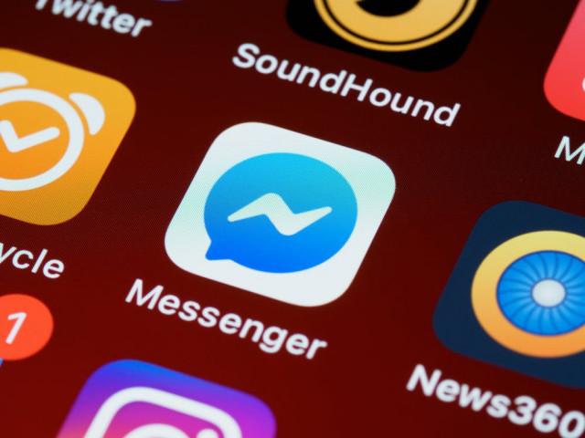 Attenzione-al-messaggio-Sei-tu-nel-video-su-Messenger