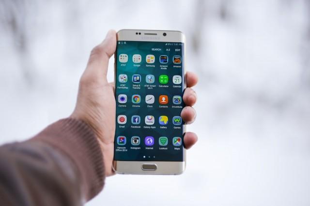 Come risolvere l'errore 110 del Google Play Store sui disposti Android