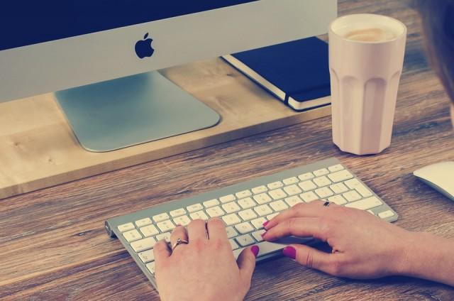Cambiare la priorità della connessione su Mac